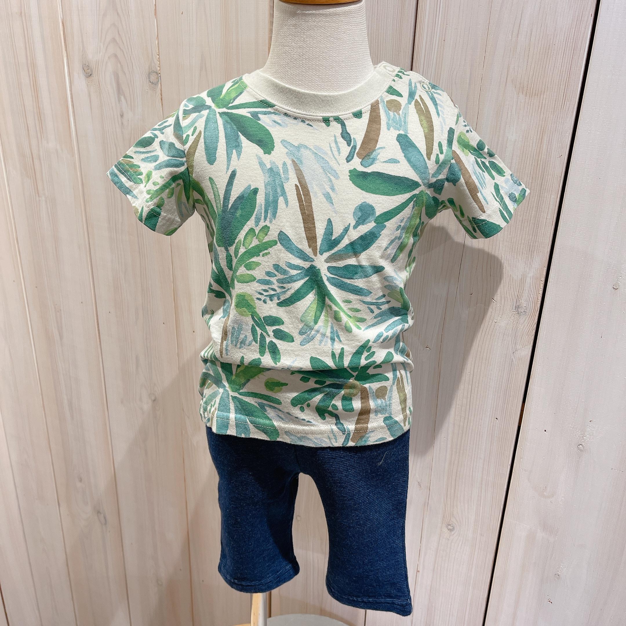 ヤシの木柄Tシャツ<br /> 税込¥1430(本体¥1300)